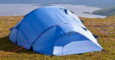 Sådan testes telte for vindstabilitet